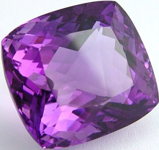 Cushion amethyst, violet quartz, exclusive loose faceted amethysts, amethyst shopping